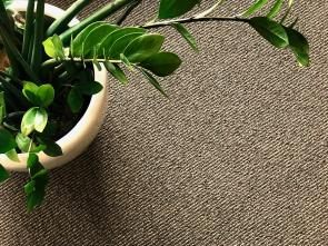 Chemical-free wool carpet and rugs