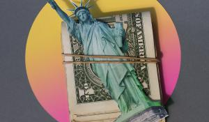 a picture of the statue of liberty tied to a pile of money